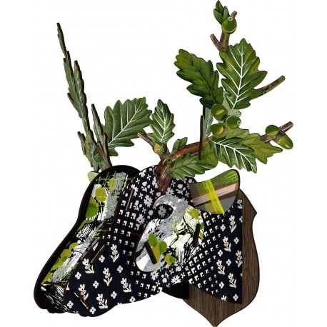 Tete de cerf feuilles de chene vert Miho Lovers' Oak