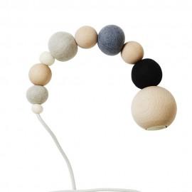 Lampe suspension perles bois laine feutrée Aveva Design Wow Lamp gris noir