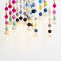 Lampe suspension perles bois laine feutrée Aveva Design Wow pastel