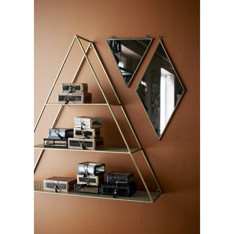 etagere murale triangle metal dore laiton madam stoltz 21712ab. Black Bedroom Furniture Sets. Home Design Ideas