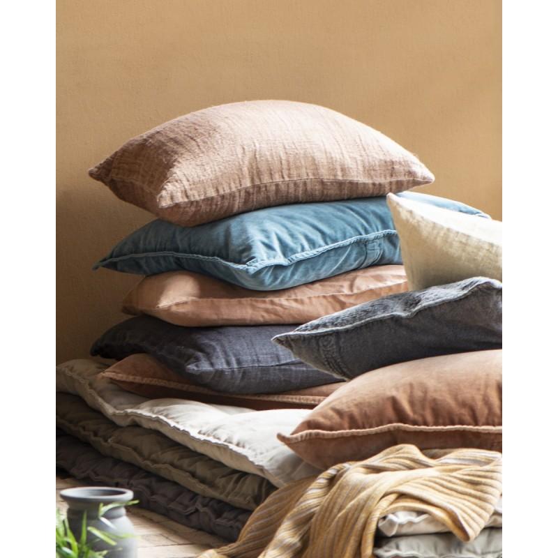 housse de coussin rectangulaire bleu canard ib laursen 50 x 70 cm kdesign. Black Bedroom Furniture Sets. Home Design Ideas