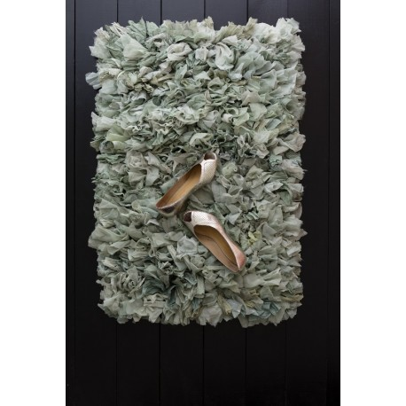 bungalow denmark tapis chiffon chutes de tissu recycle. Black Bedroom Furniture Sets. Home Design Ideas