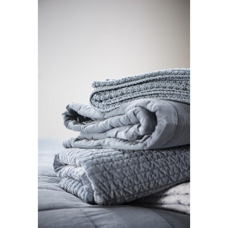 ib laursen boutis couvre lit velours pique gris clair 130 x 180 cm. Black Bedroom Furniture Sets. Home Design Ideas