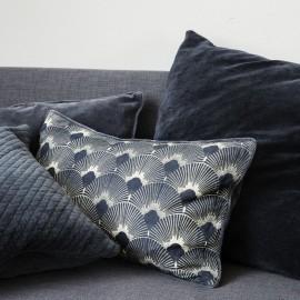 house doctor ananda housse de coussin rectangulaire style art deco bleu