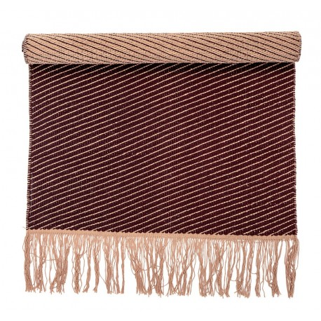 bloomingville tapis descente de lit coton rouge bordeaux. Black Bedroom Furniture Sets. Home Design Ideas