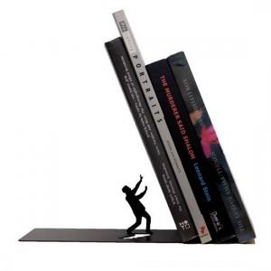 serre-livres-noir-design-defensive-man