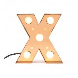 lampe alphabet lettre x applique metal laiton led seletti caractere