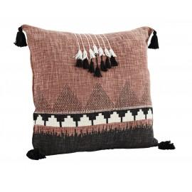 coussin carre motifs ethnique coton rose pompons franges madam stoltz