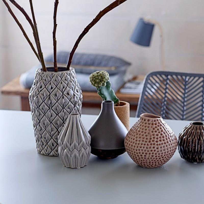 bloomingville 27120035 vase wide flute gris clair. Black Bedroom Furniture Sets. Home Design Ideas