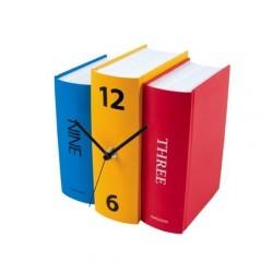 Horloge design à poser livres couleur karlsson KA4284