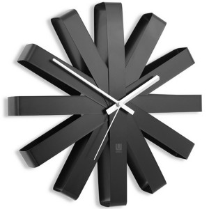 umbra 118070-040 ribbon horloge murale design acier noir