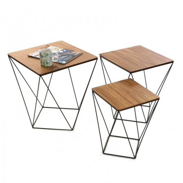 Set de 3 tables basses graphiques metal et bois versa for Table bois metal rallonge