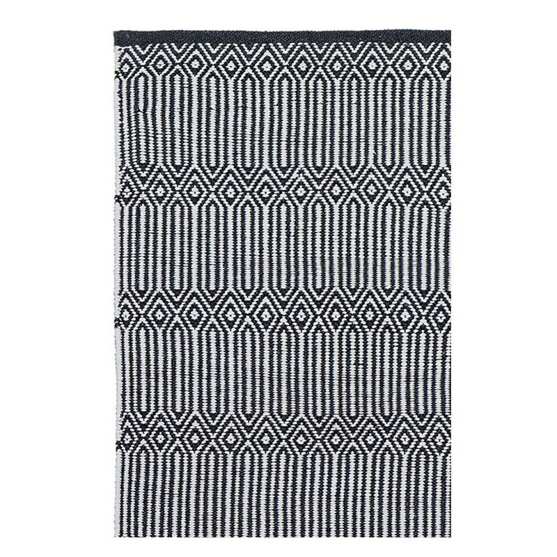 tapis noir et blanc scandinave. Black Bedroom Furniture Sets. Home Design Ideas