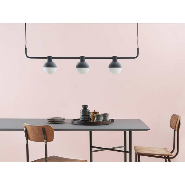 Suspension horizontale design trois spots metal noir for Suspension design noir